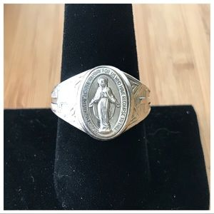 "Vintage Sterling Silver ""Mary"" Religious Ring 9"